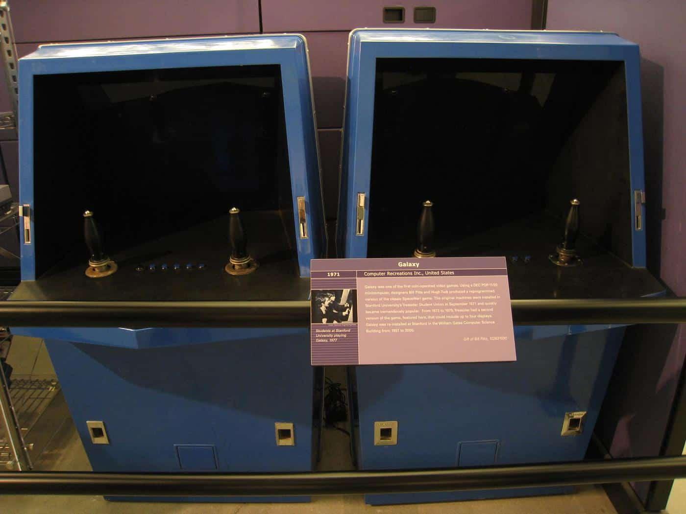 Galaxy Game, premier jeu d'arcade
