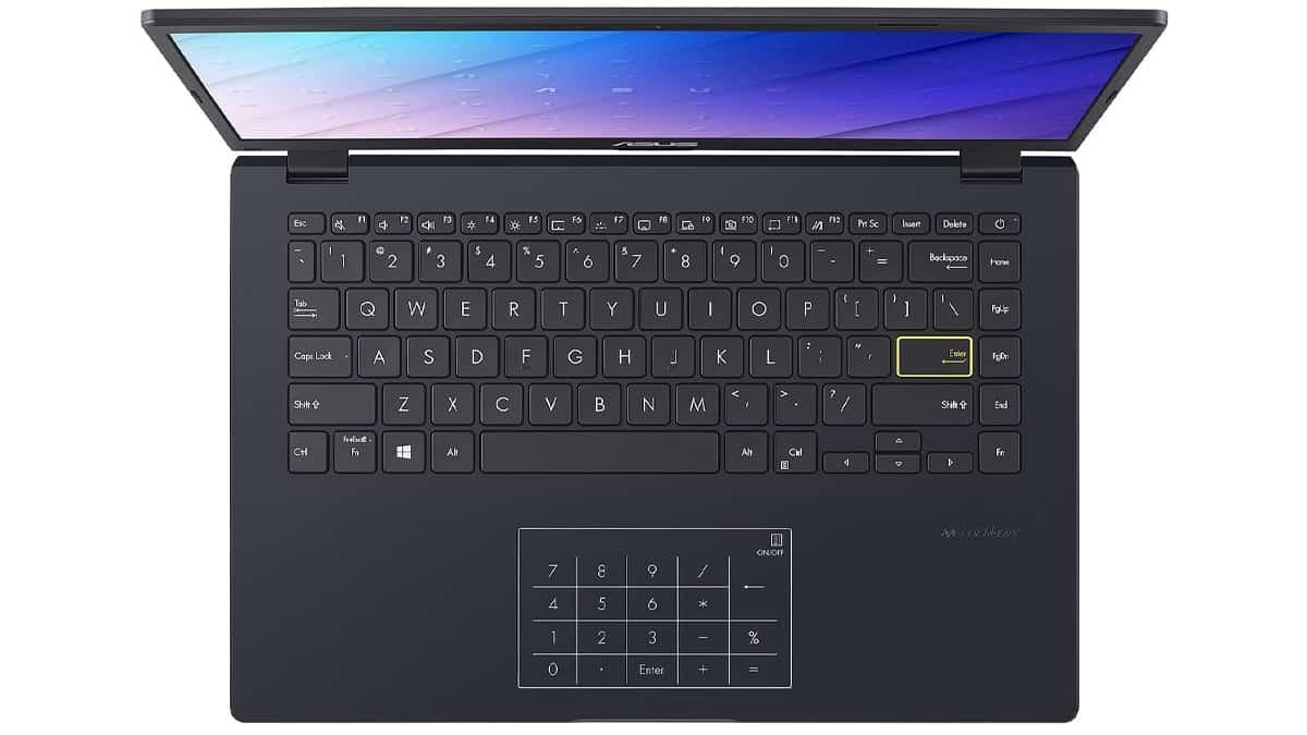 Le Asus Vivobook 14 pouces possède un pavé numérique tactile dans le PAD.