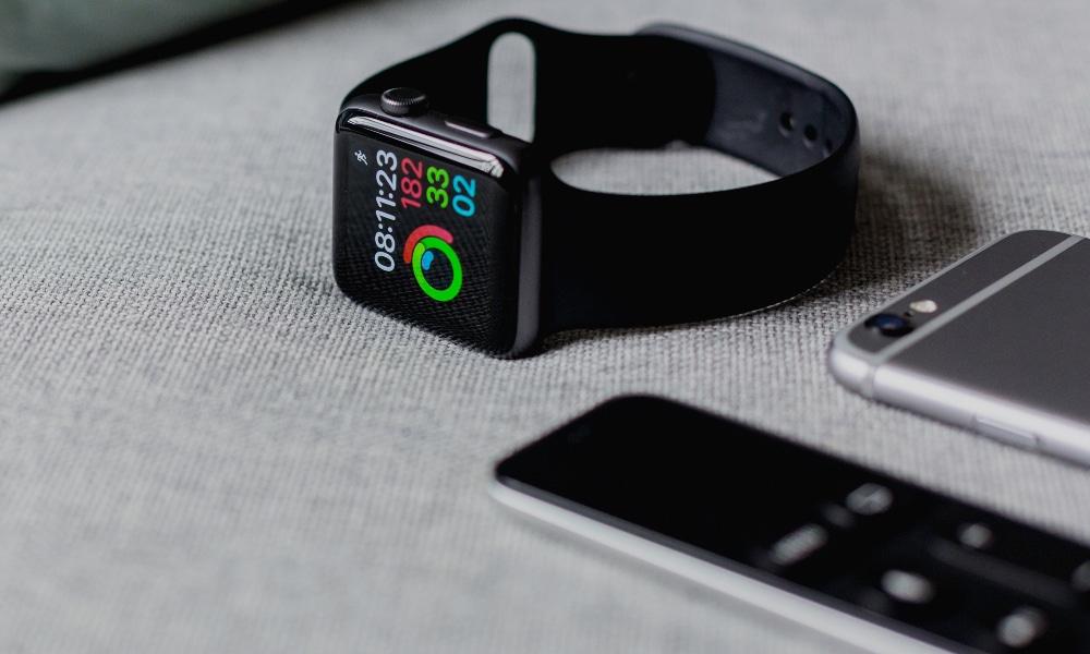 Apple prévoit de sortir une nouvelle Apple Watch pour les sportifs avec des fonctionnalités supplémentaires.