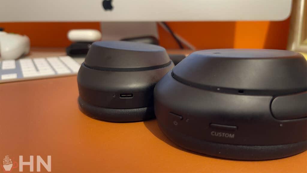 Le Sony WH-1000XM4 est équipé d'un port USB-C pour être rechargé rapidement.