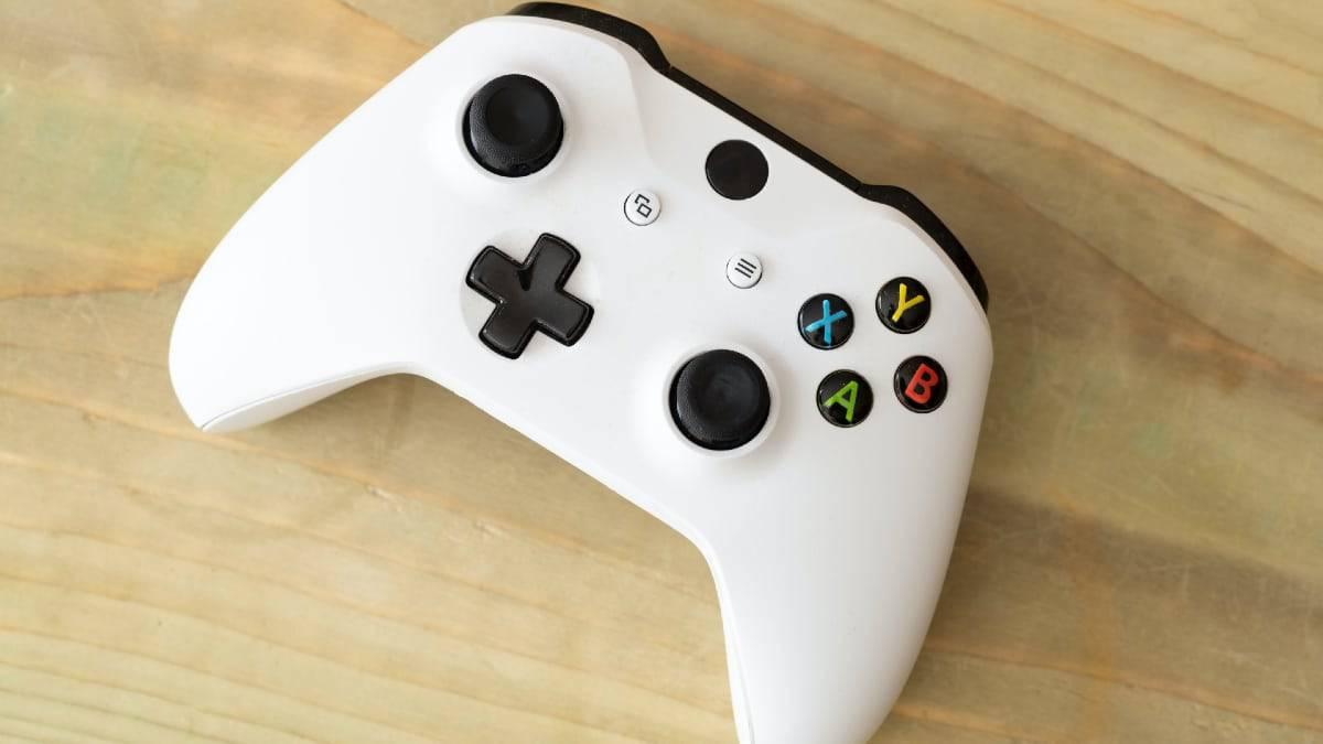 Grace au Xbox Design Lab vous pourrez personnaliser vos manettes de Xbox Series S et X