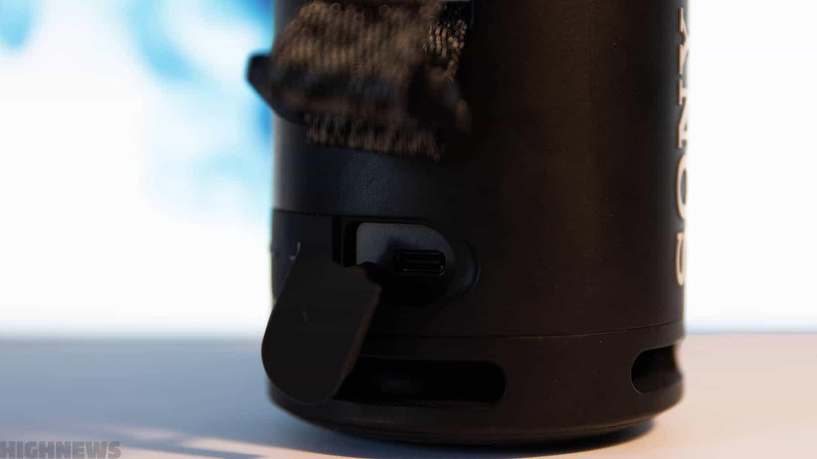 Port USB-C de la Sony SRS-XB13